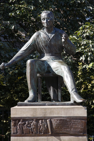 Heinrich Heine statue, Unter den Linden, Berlin-Mitte.