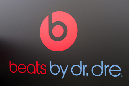 dr: Brand name: Beats by Dr Dre, Berlin.