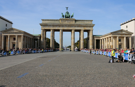 impressions: Impressions - Berlin Marathon, September 28, 2014 Berlin-Mitte. Editorial