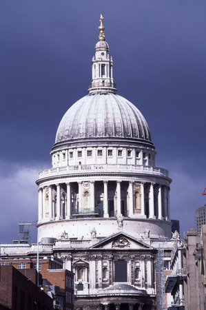 st pauls cathedral: St. Pauls Cathedral, London.