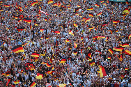exhilaration: German fans rejoice after the round of the 2006 World Cup between Germany and Sweden, Germany won 2 to 0 on June 24, 2006 fan mile on the street of June 17, Berlin-Tiergarten.