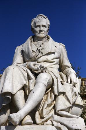 tilo: Alexander von Humboldt-Estatua, Humboldt Universität, Unter den Linden, de Berlín-Mitte.