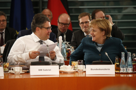 chancellor: Sigmar Gabriel German Chancellor Angela Merkel - meeting of the German Chancellor with with the Prime Minister of the German Federal states Federal Chancellery 8 December 2016 Berlin