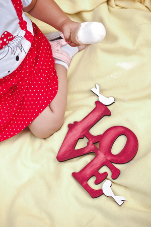Beautiful young girl eating tasty ice cream 스톡 콘텐츠