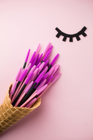 The brush lash, comb, help to keep the shape, also used in eyelash extension application 스톡 콘텐츠