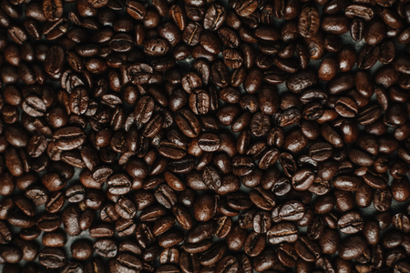 roasted coffee beans, can be used as a background 版權商用圖片 - 95807554