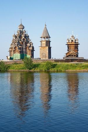 호수 오네, 러시아에 섬 kizhi에 나무 교회 스톡 콘텐츠