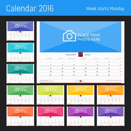 Muur maandelijkse kalender voor 2016 jaar. Vector ontwerpsjabloon afdrukken. Week start maandag. Landschap oriëntatie. Set van 12 maanden