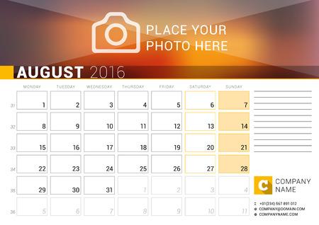 Calendario Con Numero Settimane.Calendario Da Tavolo Per L Anno 2016 Agosto Modello Di Stampa Disegno Vettoriale Con Posto Per Foto Logo E Informazioni Di Contatto La Settimana