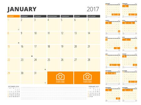2017 년 달력 플래너. 사진 및 메모를위한 장소 디자인 템플릿입니다. 12 개월의 설정. 주 일요일을 시작합니다 일러스트
