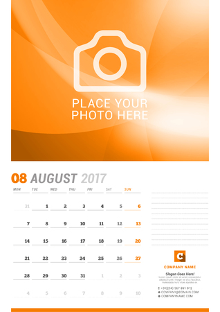 cronologia: August 2017. Wall Monthly Calendar for 2017 Year. Vector Design Print Template with Place for Photo. Week Starts Monday. Planner Template. Stationery Design Vectores