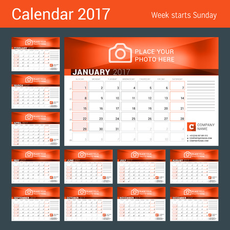 meses del a�o: Desk Calendar for 2017 Year. Set of 12 Months. Vector Design Print Template. Week Starts Sunday