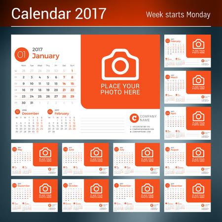 cronologia: Calendario de escritorio para el Año 2017. Vector plantilla de impresión con lugar para la foto. Tema de color rojo. Conjunto de 12 Meses. La semana empieza el lunes. 3 Meses de Página