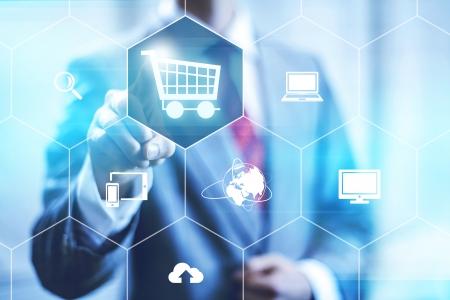 쇼핑 카트를 선택하는 온라인 쇼핑 비즈니스 개념 스톡 콘텐츠