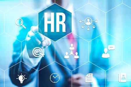 recursos humanos: Los recursos humanos concepto de gestión del hombre de negocios seleccionando interfaz virtual