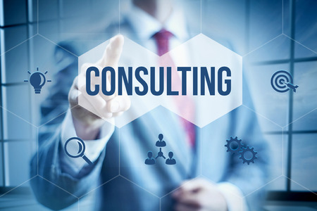 Business consulting concept, zakenman selecteren-interface Stockfoto