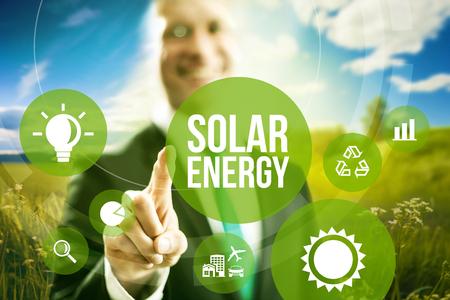 太陽エネルギー ビジネス モデルの概念。