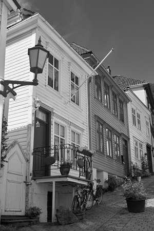 backstreet: Backstreet en Bergen, Noruega; casas de madera