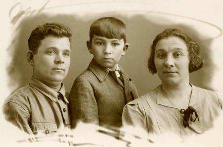 arbol geneal�gico: Retrato de la vendimia, la familia de los cosacos, 1951 a�os, Rusia