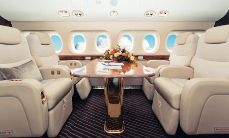 Luxury interior aircraft business aviation Reklamní fotografie - 85443062