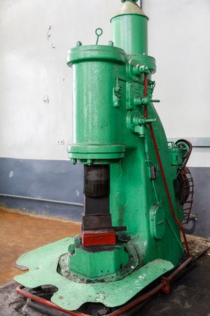 Forging Hammer machine for forge the steel for reduce sizing of steel.