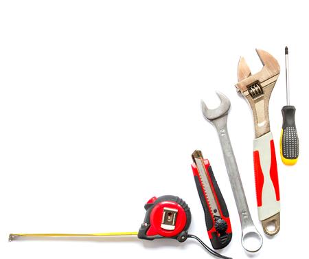 白い背景の多くのツール。