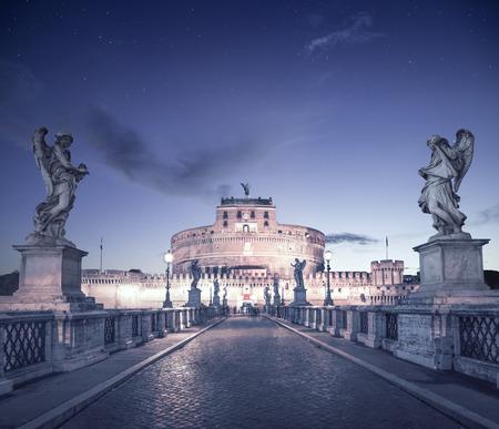 castel: Castel Santangelo in Rome, Italy