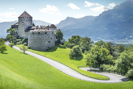 Medieval castle in Vaduz, Liechtenstein Фото со стока - 64243738