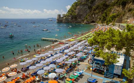 Plage à Positano, Italie Banque d'images - 91623759