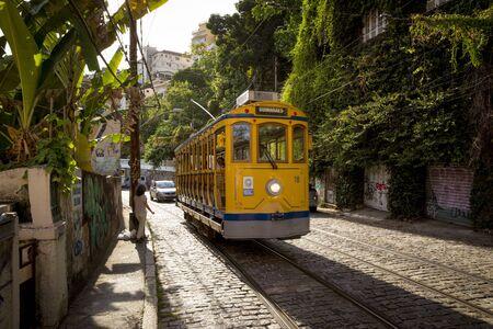 Rio de Janeiro, Brazil - December 21, 2017: Old yellow tram in Santa Teresa district of Rio de Janeiro, Brazil Foto de archivo - 128139701
