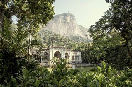 Rio de Janeiro, Brazil - December 16, 2017: Visual Arts School of Parque Enrique Lage in Rio de Janeiro, Brazil Foto de archivo - 128139940