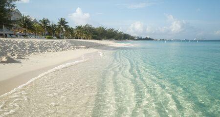 Seven Mile Beach on Grand Cayman island, Cayman Islands Stock Photo