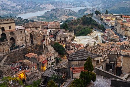 Italienische historische Stadt Stilo Standard-Bild - 53968477