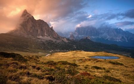 dolomites: color Dolomites