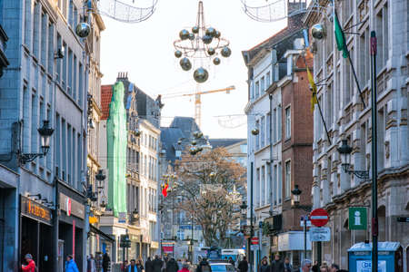 Brussels. Belgium, december 2019. Decorated streets of the city before Christmas 新闻类图片