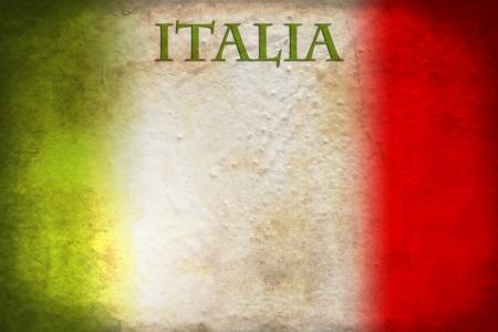 bandera italiana: Bandera italiana tradicional en fondo del grunge