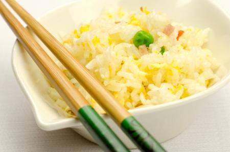 arroz chino: Arroz frito con huevo, receta tradicional china