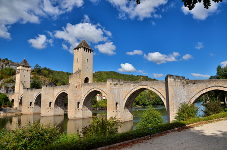 fortify: Pont Valentre, fortified stone arch bridge crossing the Lot River at Cahors, France Stock Photo