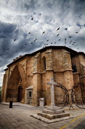 patrimony: Aranda de Duero is the capital of the Ribera del Duero wine region. Church of Saint Jonh, San Juan Stock Photo