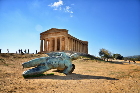 Italian destination, Temple of Concordia, archaeological site in the Valley of the Temples in Agrigento, Sicily Stock Photo - 102009080