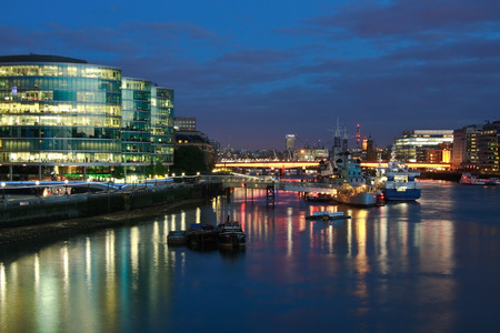 southbank: HMS Belfast and Southbank at night
