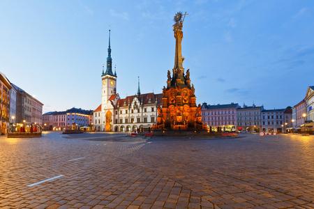 Stadhuis in het centrale plein van de oude stad van Olomouc, Tsjechië. Stockfoto