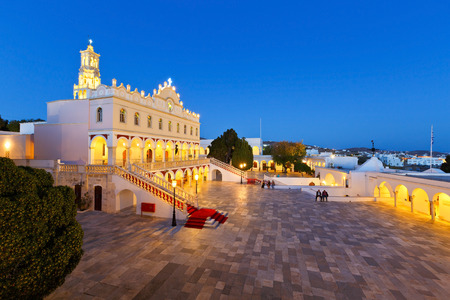 Complex of Panagia Evangelistria church in Tinos town. Редакционное