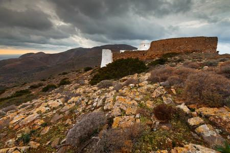 monasteri: Monastery on Sikinos island early in the morning.