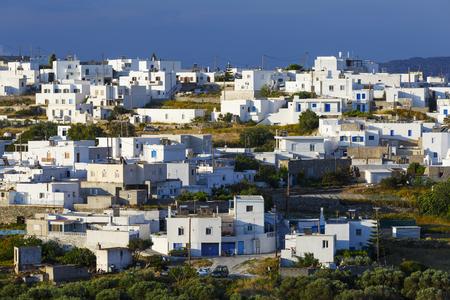 Triovasalos village on Milos island in Greece. 版權商用圖片