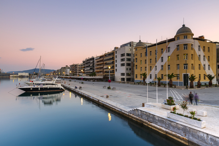 boas: Yachts in the harbour of Volos city as seen early in the morning. Editorial