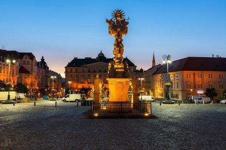 ブルノ、チェコ共和国の旧市街でキャベツのマーケット広場。 報道画像