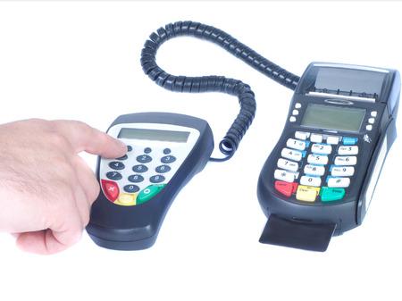 tarjeta visa: Pin de entrada de mano del `s de código y la tarjeta Visa escáner aislado blanco Foto de archivo