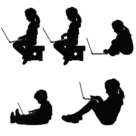 Kind silhouet zitten met laptop kunst illustratie