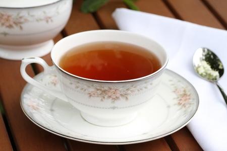 diuretic: Fresh hot elderflower tea with elder flowers and leaves Stock Photo